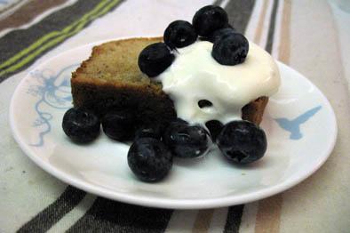 cardamom-soured-cream-cake-1doc